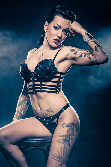 Burlesque-Tänzerin aus Offenburg - Betty Black