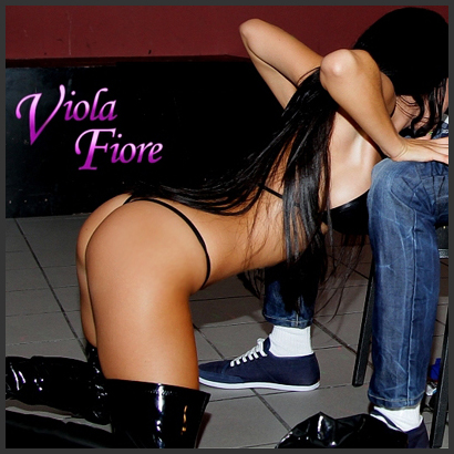 Stripperin Viola Fiore aus Speyer